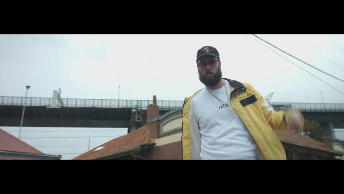 SLEEPOVER [MUSIC VIDEO]
