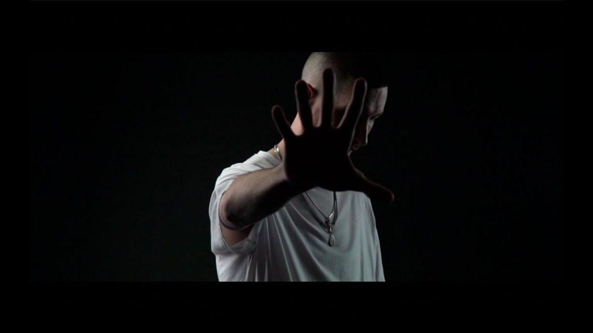 NO INBETWEENS [VIDEO]